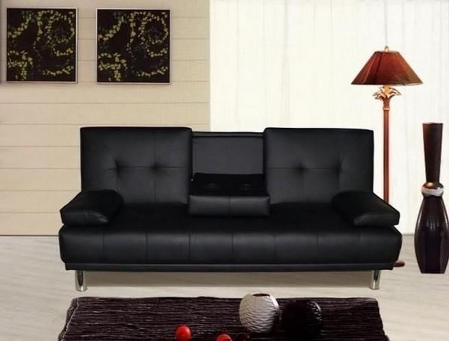 A 3 seater sofa as a center piece A 3 seater sofa as a center pieceA 3 seater sofa as a center piece