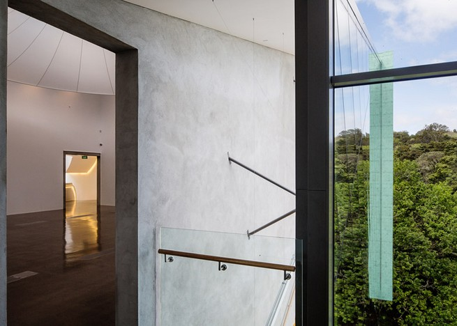 Art gallery in Auckland by Mitchell and Stout Architects features an aluminium-plated facade Art gallery in Auckland by Mitchell and Stout Architects features an aluminium-plated facadeArt gallery in Auckland by Mitchell and Stout Architects features an aluminium plated facade 5