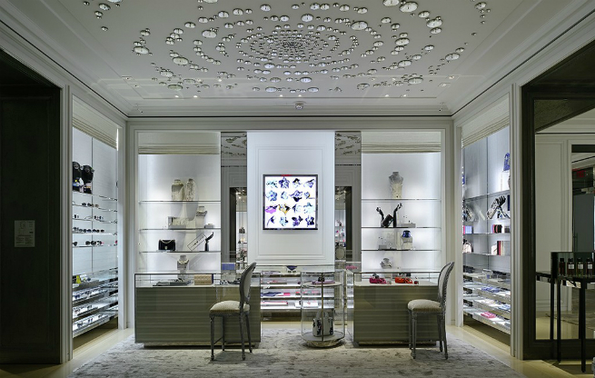 Dior opens in Vancouver a FLAGSHIP MEN'S AND WOMEN'S STORES  2 Dior opens in Vancouver a FLAGSHIP MEN'S AND WOMEN'S STORESDior opens in Vancouver a FLAGSHIP MEN   S AND WOMEN   S STORES 2