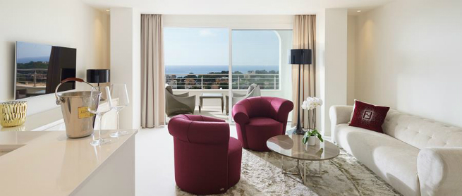 Fendi casa decors to high end suites in portals hills for High end boutique hotels