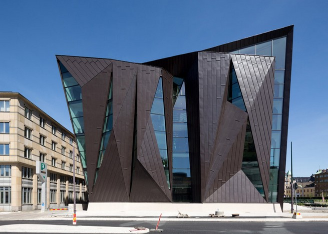 Glass facade architecture  World maritime university's new harbourside home with metal and ...