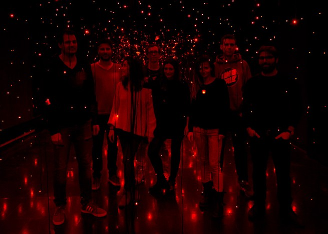 Light installation by Neon Golden replicates swarm of fireflies_4 Light installation by Neon Golden replicates swarm of firefliesLight installation by Neon Golden replicates swarm of fireflies 4