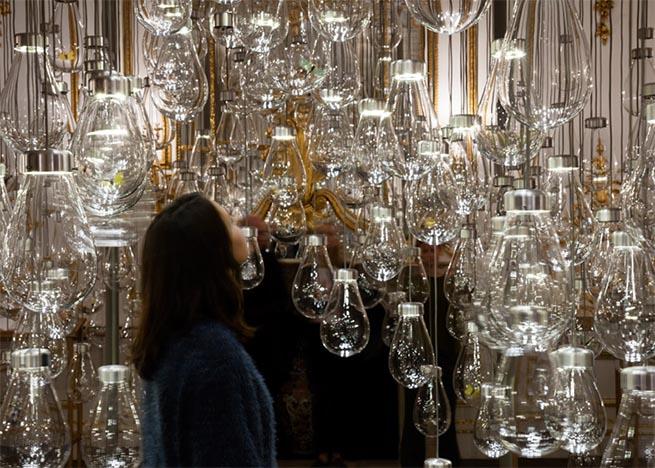 Magic lighting installation at V&A Museum London Design Festival 2015 – Magic lighting installation at V&A MuseumMagic lighting installation at VA Museum2