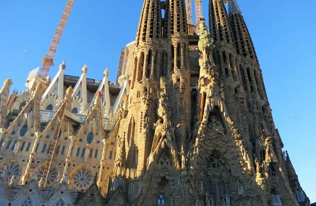 Architecture news Antonio Gaudi church Sagrada Familia is completed (1) Architecture news: Antonio Gaudi church Sagrada Familia is completedArchitecture news Antonio Gaudi church Sagrada Familia is completed 1