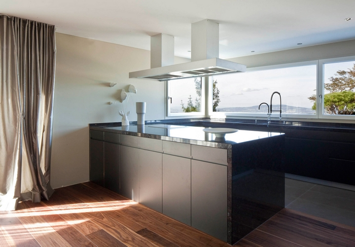 Best Property Professionals kitchen most expensive homesMost expensive homes: best interior design project by StudioformaStudioforma Architects Awarded Best Property Professionals 11