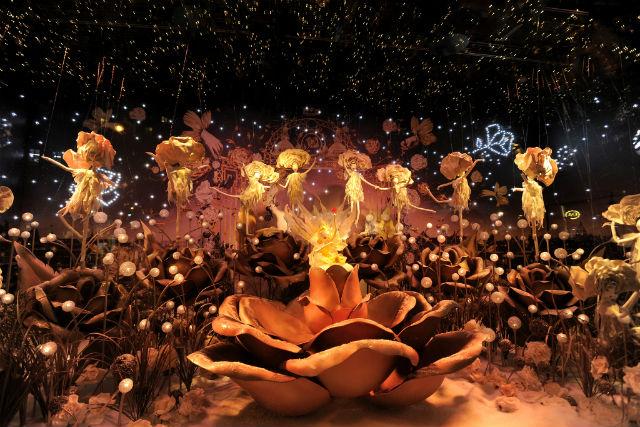 Christmas Window display : Fairy Tales at Printemps christmas window displayChristmas Window display : Fairy Tales at Printempsprintemps holiday 15 07