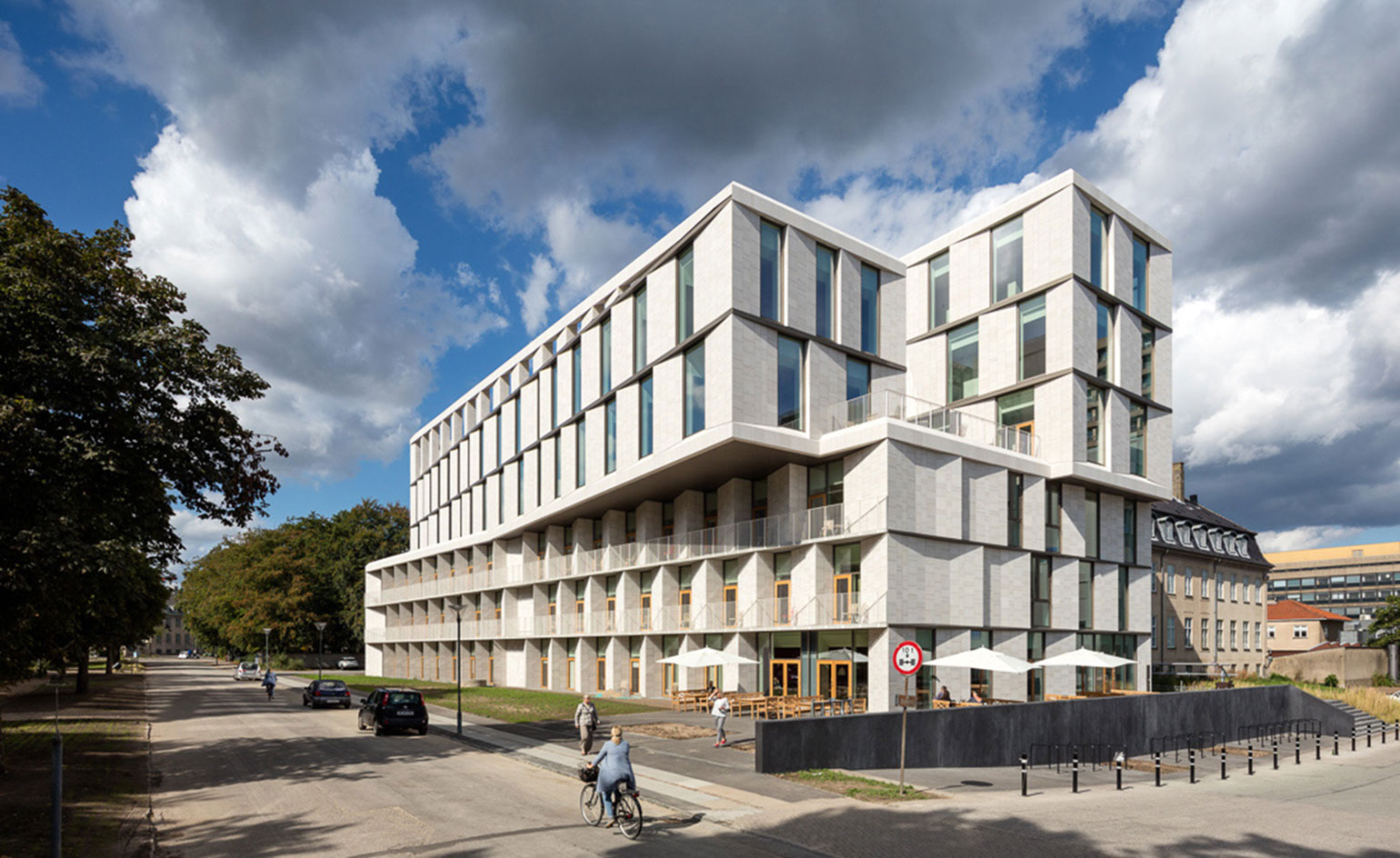 Health care news 3xn 39 s patient hotel arrives in copenhagen for Design hotel copenhagen