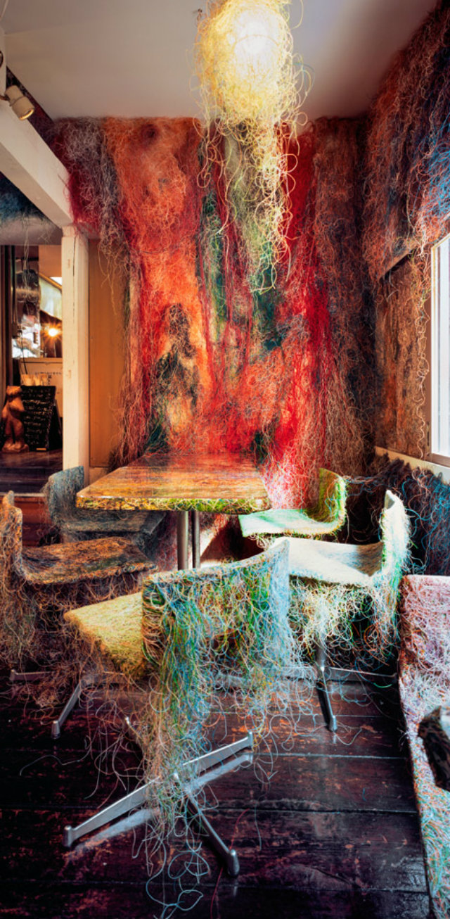 Explosion of Colors  Explosion of Colors Tetchan bar by Kengo Kuma dezeen 468 0