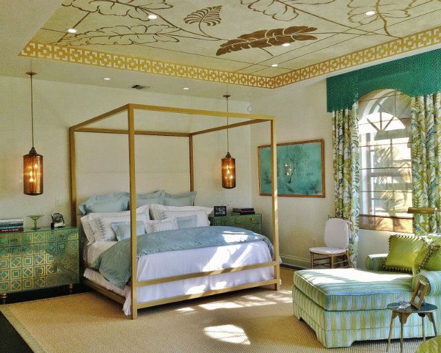 colours and patterns Mix Your Fabrics, Colours and Patterns with No Fear Golden bed turquoise mixed fabric finishings