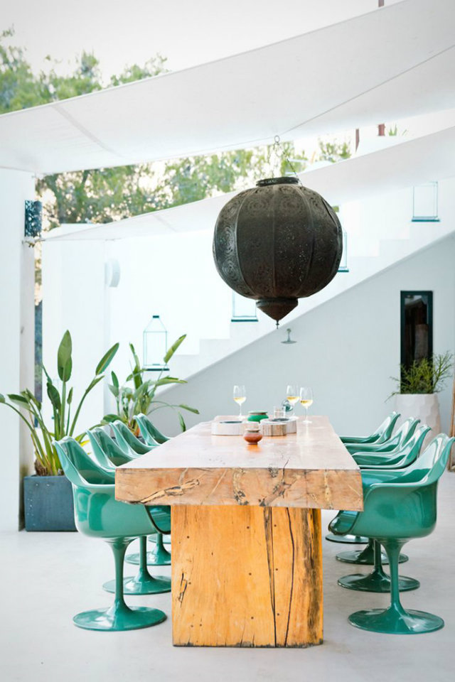 It's Time for Dinner Out! Summer Tables to die for.   It's Time for Dinner Out! Summer Tables to die for. Summer outdoor wooden table green chairs