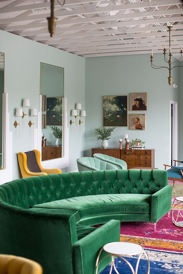 Green velvet upholstery in living rooms inspiration for Living rooms ideas and inspiration