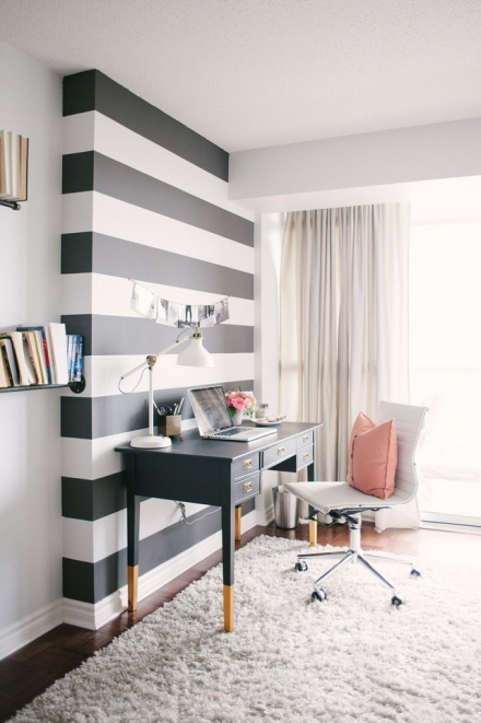 Small Black and White Home Office Inspirations