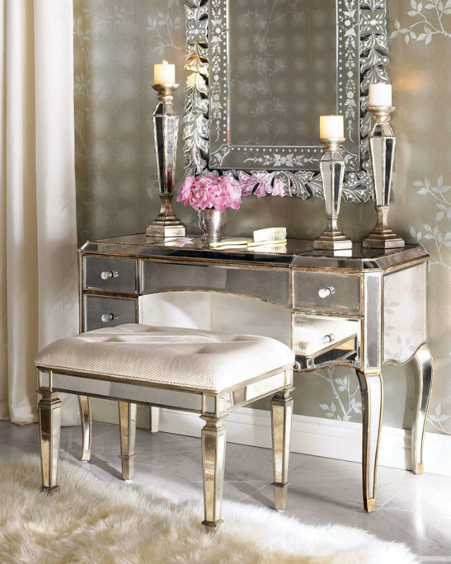 Dressing Tables: Every Girl's Dream  Dressing Tables: Every Girl's Inspiration Dressing Tables Mirror Console Mirror Effect