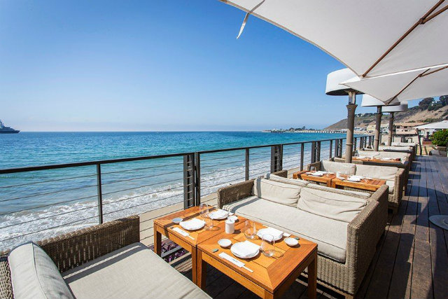 10 Amazing Waterfront Restaurants Around the World  10 Amazing Waterfront Restaurants Around the World Waterfront Restaurant Nobu Malibu