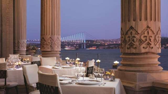 10 Amazing Waterfront Restaurants Around the World  10 Amazing Waterfront Restaurants Around the World Waterfront Restaurant Tu  ra Restaurant and Lounge Istanbul