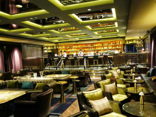 Design - Manhattan Bar singapore Inspiration: Glamorous Manhattan Bar in Regent – Singapore Design Manhattan Bar