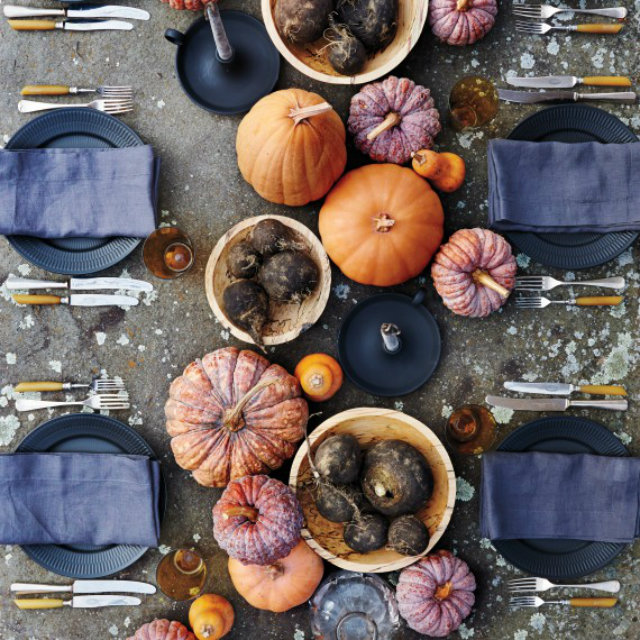 UNUSUAL THKSGVNG Thanksgiving dinner thanksgiving dinner Unusual Table set decor ideas for Thanksgiving dinner UNUSUAL THKSGVNG 13