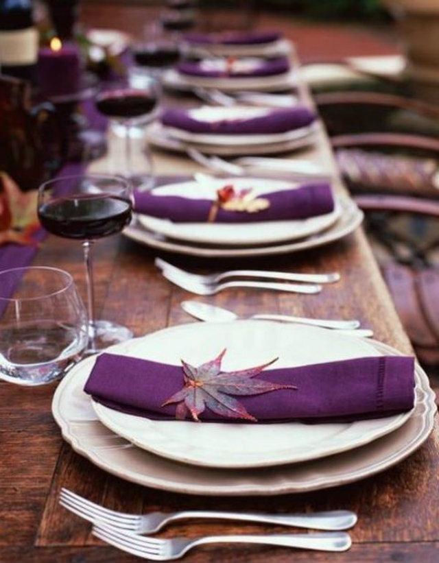 UNUSUAL THKSGVNG 2 thanksgiving dinner Unusual Table set decor ideas for Thanksgiving dinner UNUSUAL THKSGVNG 2