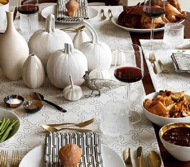 UNUSUAL THKSGVNG 5 thanksgiving dinner Unusual Table set decor ideas for Thanksgiving dinner UNUSUAL THKSGVNG 5