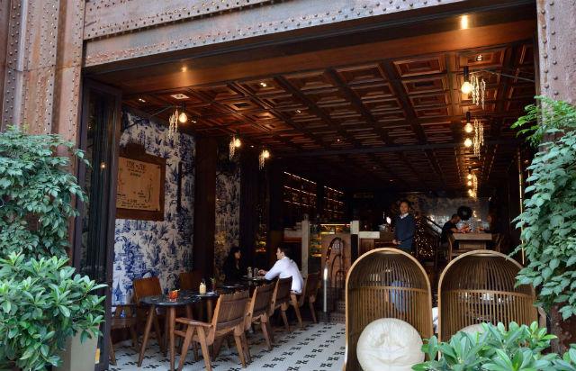 outdoor 208 duecento otto 208 Duecento Otto: an inspiring Hong Kong Restaurant Duecento Otto41