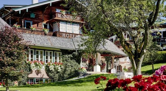 Modern Classic Interior Design Ideas at 5 Stars Hotels in Kitzbühel _hotel-tennerhof-kitzbuhel  Modern Classic Interiors Ideas at 5 Stars Hotels in Kitzbühel Modern Classic Interior Design Ideas at 5 Stars Hotels in Kitzb  hel  hotel tennerhof kitzbuhel 3
