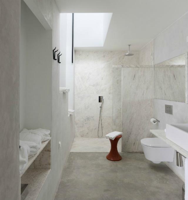 bathroom interiors  bathroom interiors 20 Impressive Marble Bathroom Interiors marble bathroom interiors 2