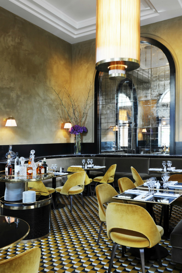 Restaurant interior ideas le flandrin paris for Le miroir resto paris