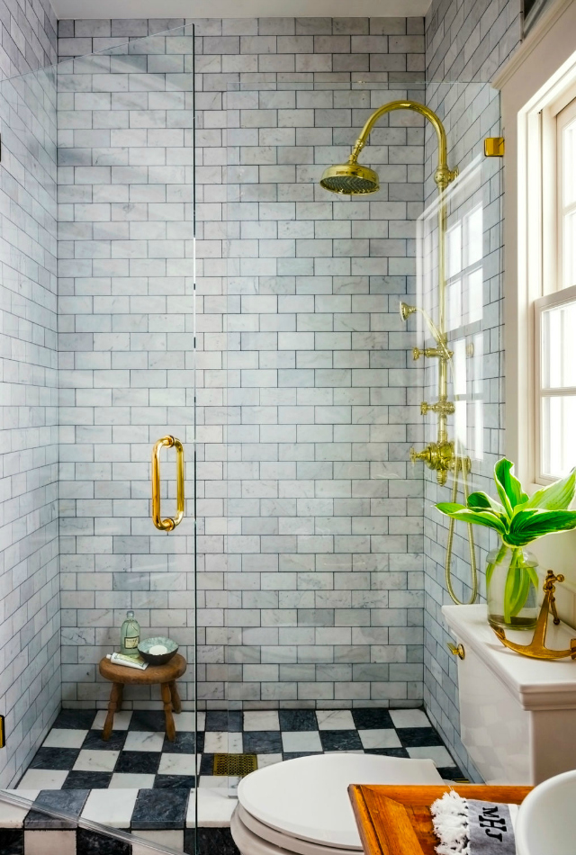 12 Decorating Ideas For A Small Bathroom