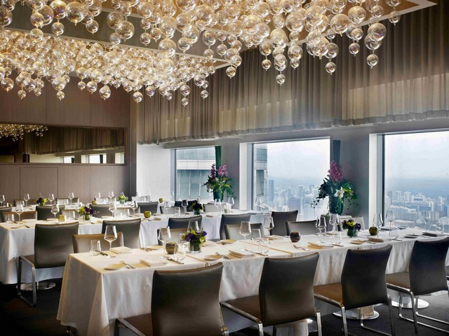 Get Inspired By These Outstanding Rooftop Restaurants In Singapore rooftop restaurants Get Inspired By These Outstanding Rooftop Restaurants In Singapore 19897769583 47fc3c5f96 b