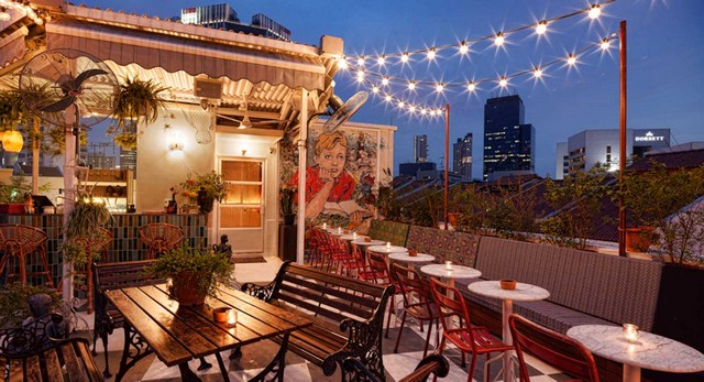 Get Inspired By These Outstanding Rooftop Restaurants In Singapore rooftop restaurants Get Inspired By These Outstanding Rooftop Restaurants In Singapore page5 rev