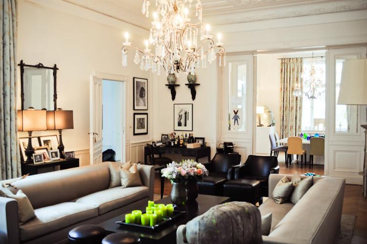 living rooms 35 STUNNING IDEAS FOR MODERN CLASSIC LIVING ROOMS frank stueve freunde von freunden 6655 1