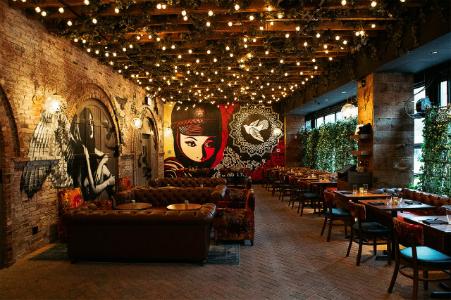 5 restaurant interiors in new york you will want to visit for Nyc interiors