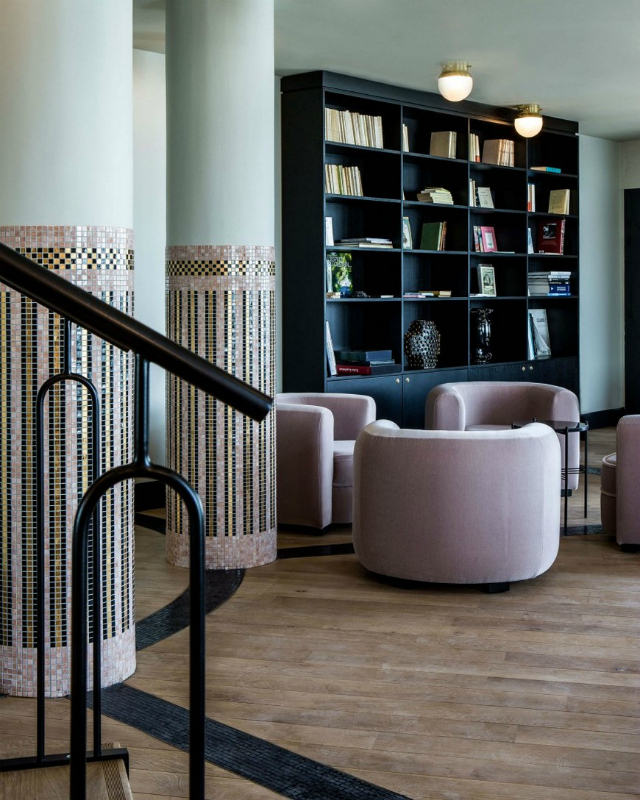 Get Inspired By The Striking Castelbrac Dinard Hotel Design | Hotel Interior Design Inspiration. Hotel Interiors. Modern Interior Design. Find more: https://www.brabbu.com/en/inspiration-and-ideas/interior-design/inspired-striking-castelbrac-dinard-hotel-interior #hotelinterior #centertable #hoteldesign hotel interior Get Inspired By The Striking Castelbrac Dinard Hotel Interior Get Inspired By The Striking Castelbrac Dinard Hotel Interior 8