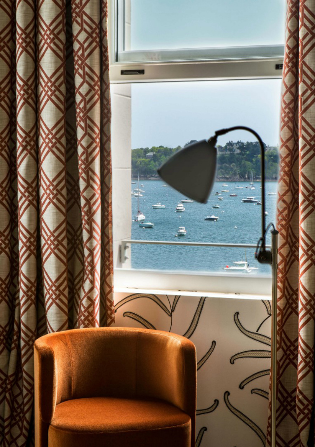 Get Inspired By The Striking Castelbrac Dinard Hotel Design | Hotel Interior Design Inspiration. Hotel Interiors. Modern Interior Design. Find more: https://www.brabbu.com/en/inspiration-and-ideas/interior-design/inspired-striking-castelbrac-dinard-hotel-interior #hotelinterior #centertable #hoteldesign hotel interior Get Inspired By The Striking Castelbrac Dinard Hotel Interior Get Inspired By The Striking Castelbrac Dinard Hotel Interior 9