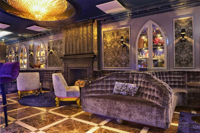 15 Stylish Modern Sofas In Astonishing Restaurant Interiors  modern sofas 15 Stylish Modern Sofas In Astonishing Restaurant Interiors sofa1