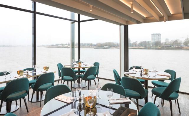The Trendiest Color Scheme Ideas For Restaurant Interiors restaurant interiors The Trendiest Color Scheme Ideas For Restaurant Interiors The Trendiest Color Scheme Ideas For Restaurant Interiors 5