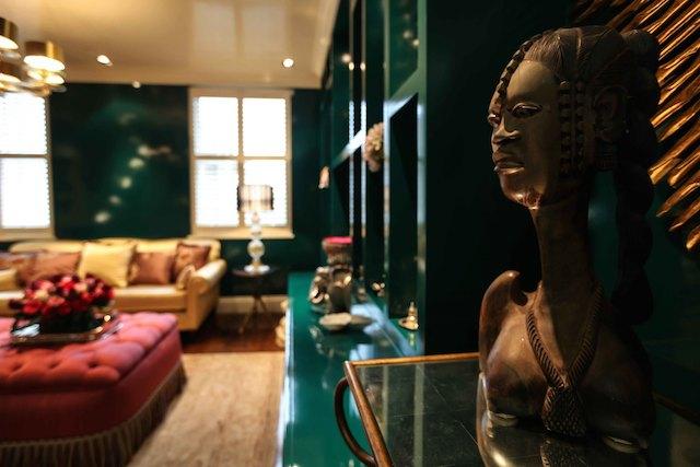 johnbassams home decor 8 Beautiful Home Decor Ideas By John Bassam That You Will Love JohnBassamStudioCHANDElowres 2461