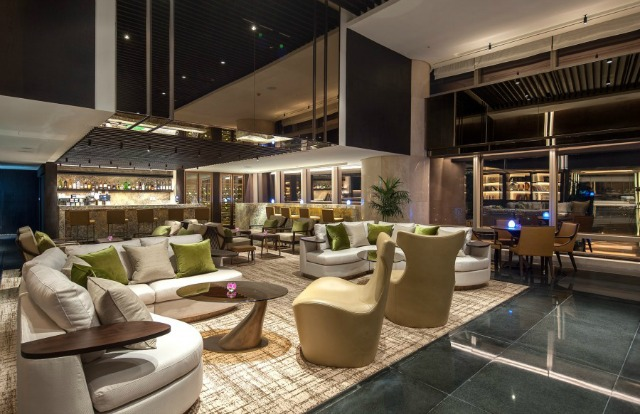 7 MOST REMARKABLE hospitality design PROJECTS by WILSON ASSOCIATES hospitality design 7 MOST REMARKABLE HOSPITALITY DESIGN PROJECTS by WILSON ASSOCIATES 02 Wilson Associates Lotte Hotel Hanoi The Lounge Sky 900x600