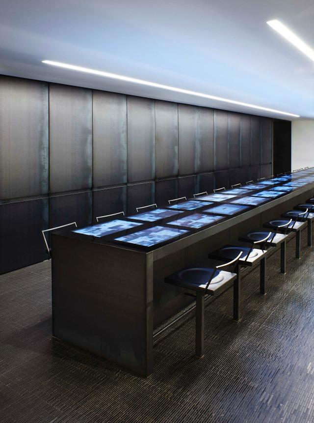 barneys new york yabu pushelberg Yabu Pushelberg : 5 retail design projects we love YP Barneys023