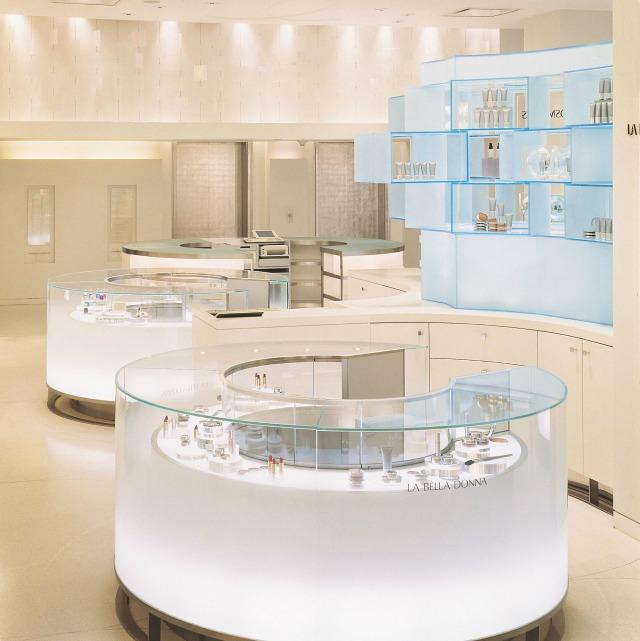bergdrof goodman yabu pushelberg Yabu Pushelberg : 5 retail design projects we love YP BergdorfGoodman0054