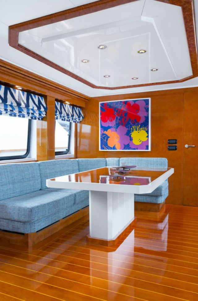 Discover An Incredible Yacht Interior Design Inspired By James Bond yacht interior design DISCOVER AN INCREDIBLE YACHT INTERIOR DESIGN INSPIRED BY JAMES BOND lincoln yacht3JPG