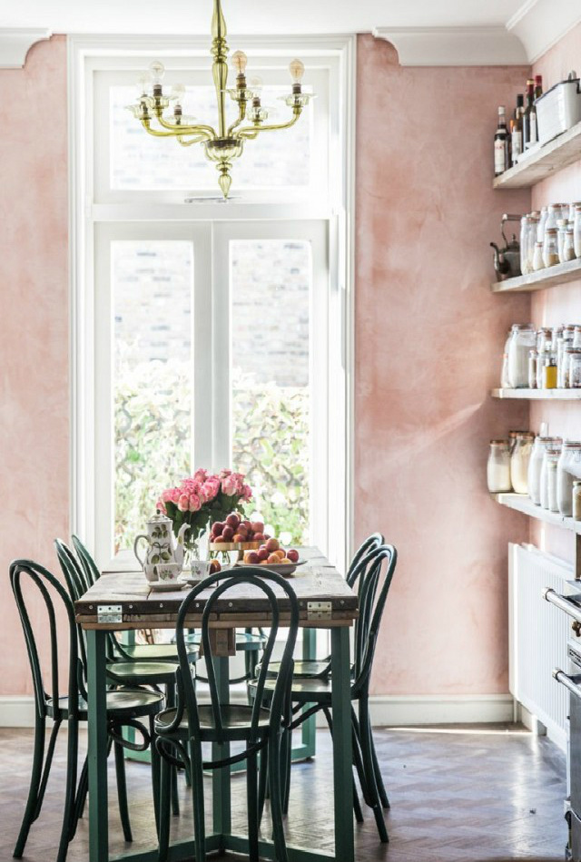 10 Interior Design Blogs That Will Give You Major Inspiration interior design blogs 10 Interior Design Blogs That Will Give You Major Inspiration coco kelley 782642 1475014739