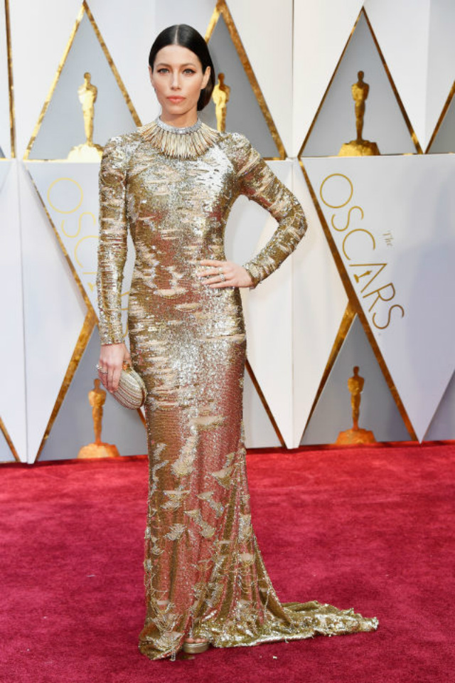 Top 10 Best Dressed Oscars 2017 By BRABBU's Fashion Police  best dressed oscars 2017 Top 10 Best Dressed Oscars 2017 By BRABBU's Fashion Police hbz oscars jessica biel kayfman franco