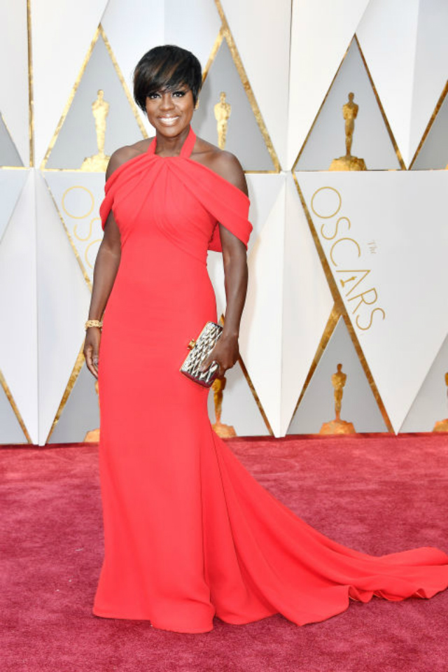 Top 10 Best Dressed Oscars 2017 By BRABBU's Fashion Police best dressed oscars 2017 Top 10 Best Dressed Oscars 2017 By BRABBU's Fashion Police hbz oscars viola davis armani prive