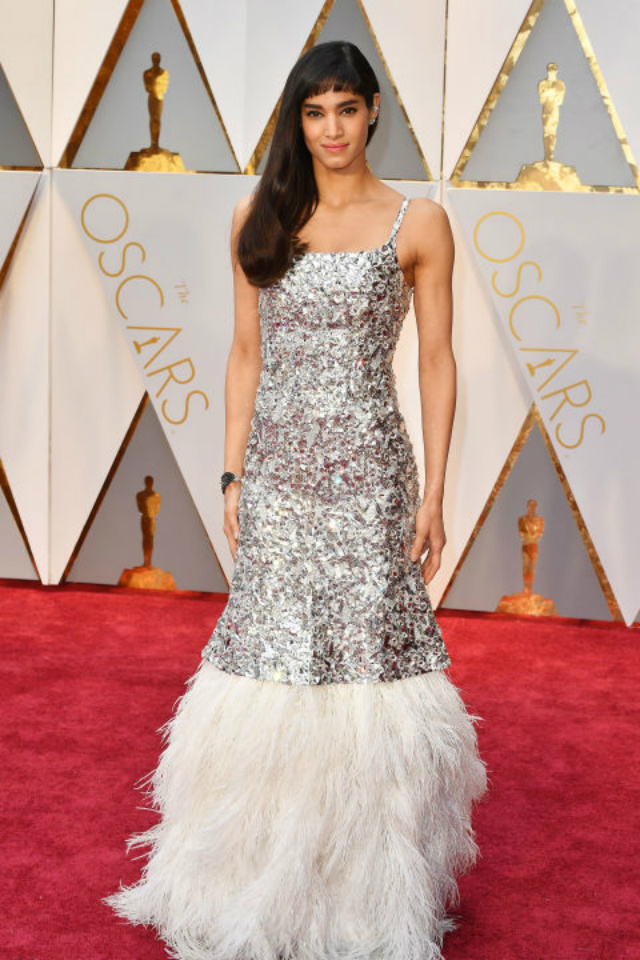 Top 10 Best Dressed Oscars 2017 By BRABBU's Fashion Police  best dressed oscars 2017 Top 10 Best Dressed Oscars 2017 By BRABBU's Fashion Police hbz the list best dressed oscars sofia boutella 1