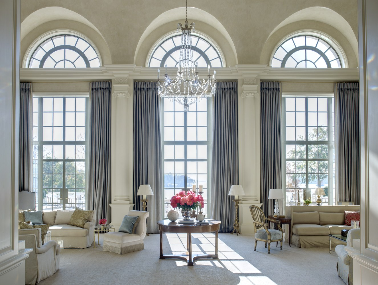 9 Stunning Decorating Ideas By Suzanne Kasler Interiors To Inspire You  9 Stunning Decorating Ideas By Suzanne Kasler Interiors To Inspire You 9 Stunning Decorating Ideas By Suzanne Kasler Interiors To Inspire You 2