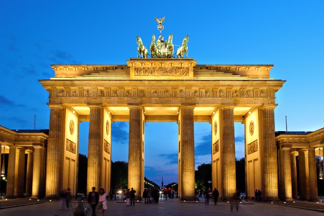 10 Iconic Germany Monuments That You Must Visit  10 Iconic Germany Monuments That You Must Visit Brandenburger Tor abends