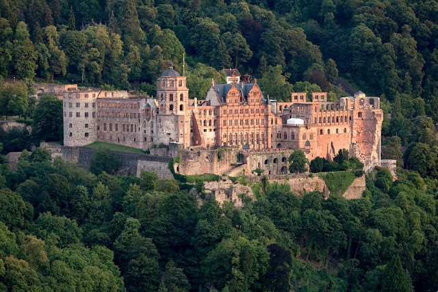 10 Iconic Germany Monuments That You Must Visit  10 Iconic Germany Monuments That You Must Visit Heidelberger Schloss Jan Becke