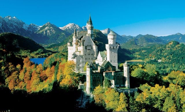 10 Iconic Germany Monuments That You Must Visit  10 Iconic Germany Monuments That You Must Visit Schloss Neuschwanstein