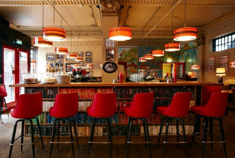 7 Stunning Bar Stools From Hospitality Interiors In The World bar stools 7 Stunning Bar Stools From Top Hospitality Interiors lifebuzz 8a5178a2b6a514bf7c91dd0912bdc742 limit 2000